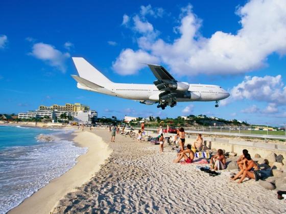 Maho_Beach_Saint_Martin_Sint_Maarten_02