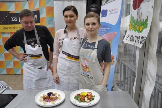 www.facebook.com/AgnieszkaTybuszewska